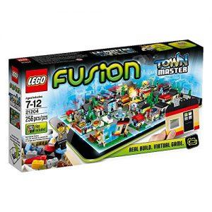 LEGO-Fusion-Set-21204-Town-Master-0