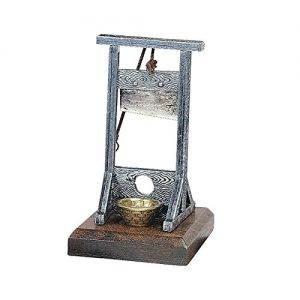 Park-Avenue-Collection-Mini-Medieval-Guillotine-0