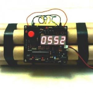 Novelty-Defusable-Bomb-Alarm-Clock-Bomb-like-Alarm-Clock-0
