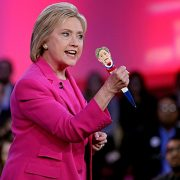 Hillary-Clinton-Laughing-Pen-Mouth-Moves-Hillarys-REAL-LAUGH-Funny-Gift-for-for-Hillary-Donald-Trump-Fans-Superior-Audio-Quality-Replaceable-Batteries-Included-Its-HILLarious-0-2